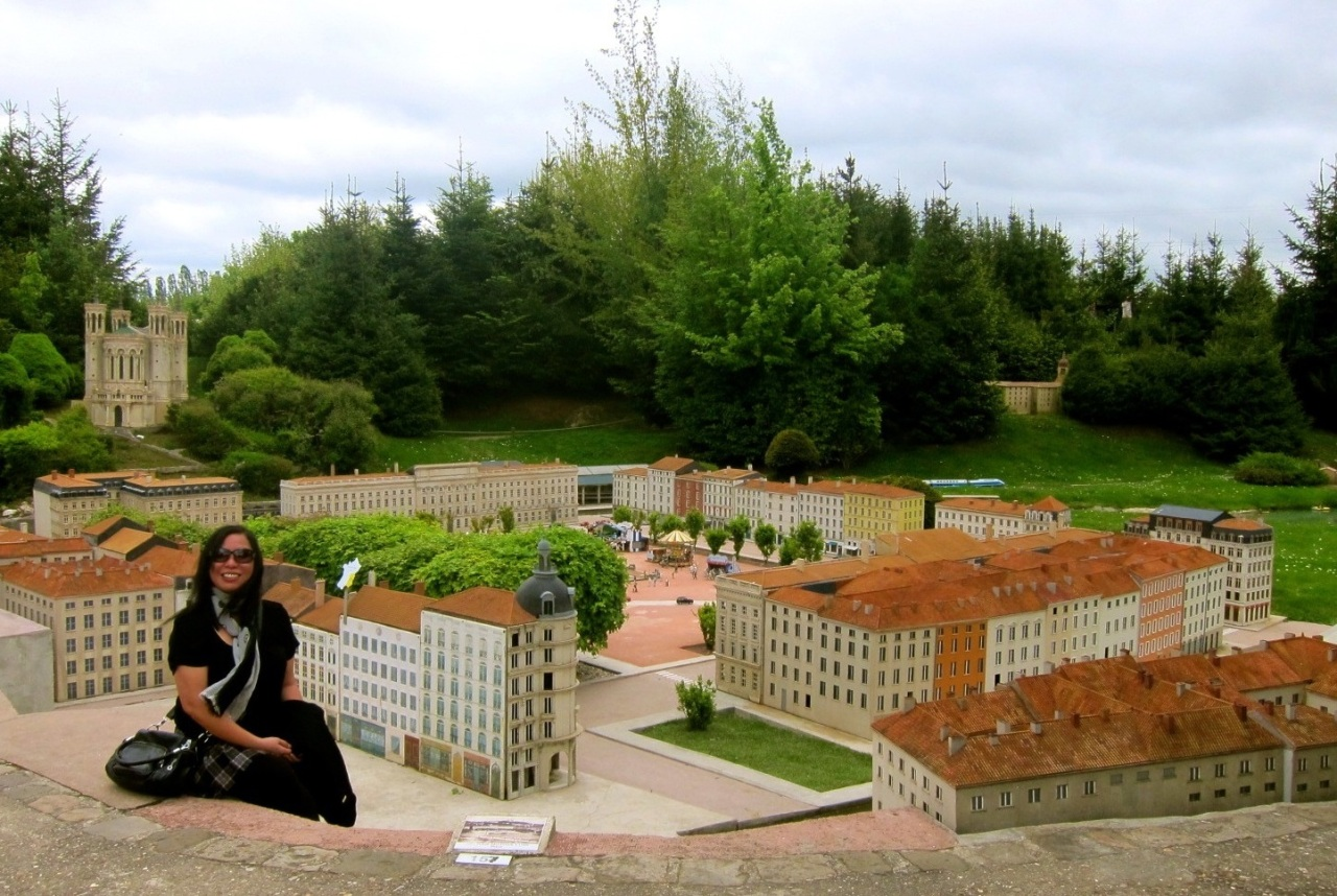 Even in miniature, France is larger thanlife