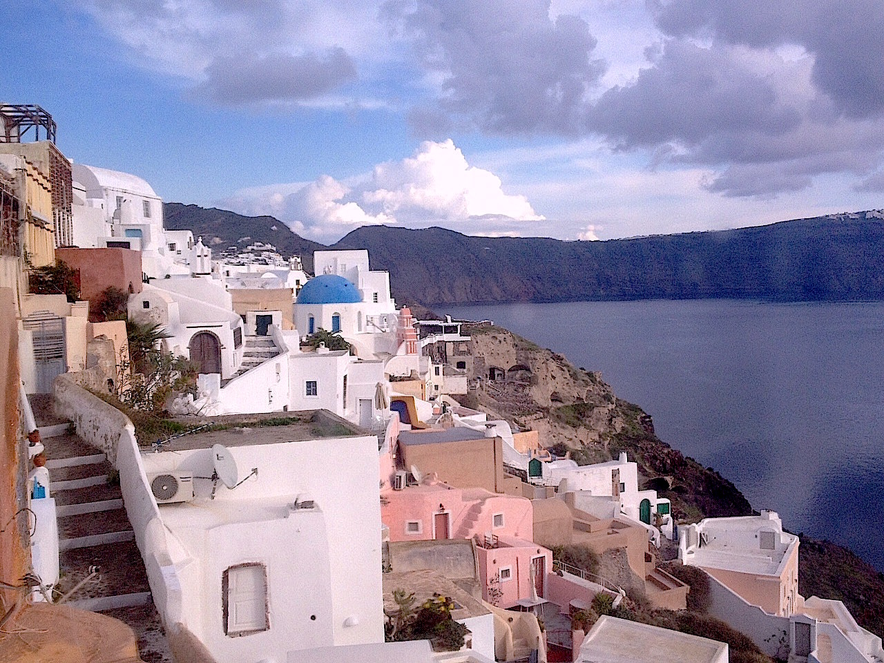 Santorini without thecrowds