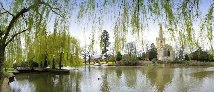 shakespeare_stratford08_by_about_britain-com