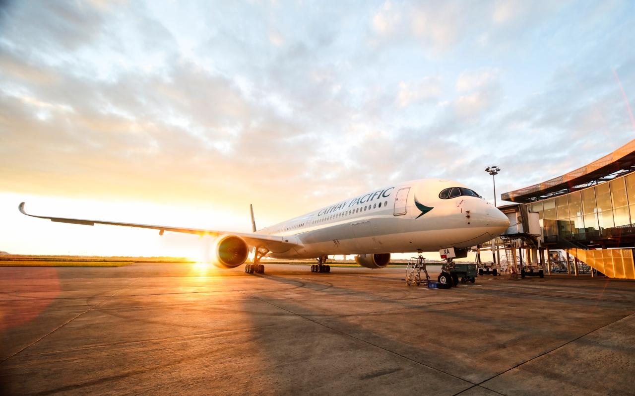 Cathay Pacific flies cleaner, further with the new A350-1000